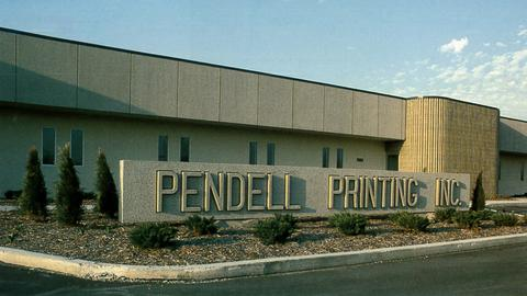 1990 − 1991 After acquiring Pendell Printing in Michigan in 1985, Quebecor Printing takes the American market by storm by acquiring Maxwell Graphics' printing plants. Then, anticipating the official signing of NAFTA, the company makes its first foray into Mexico, buying out Graphicas Monte Alban.